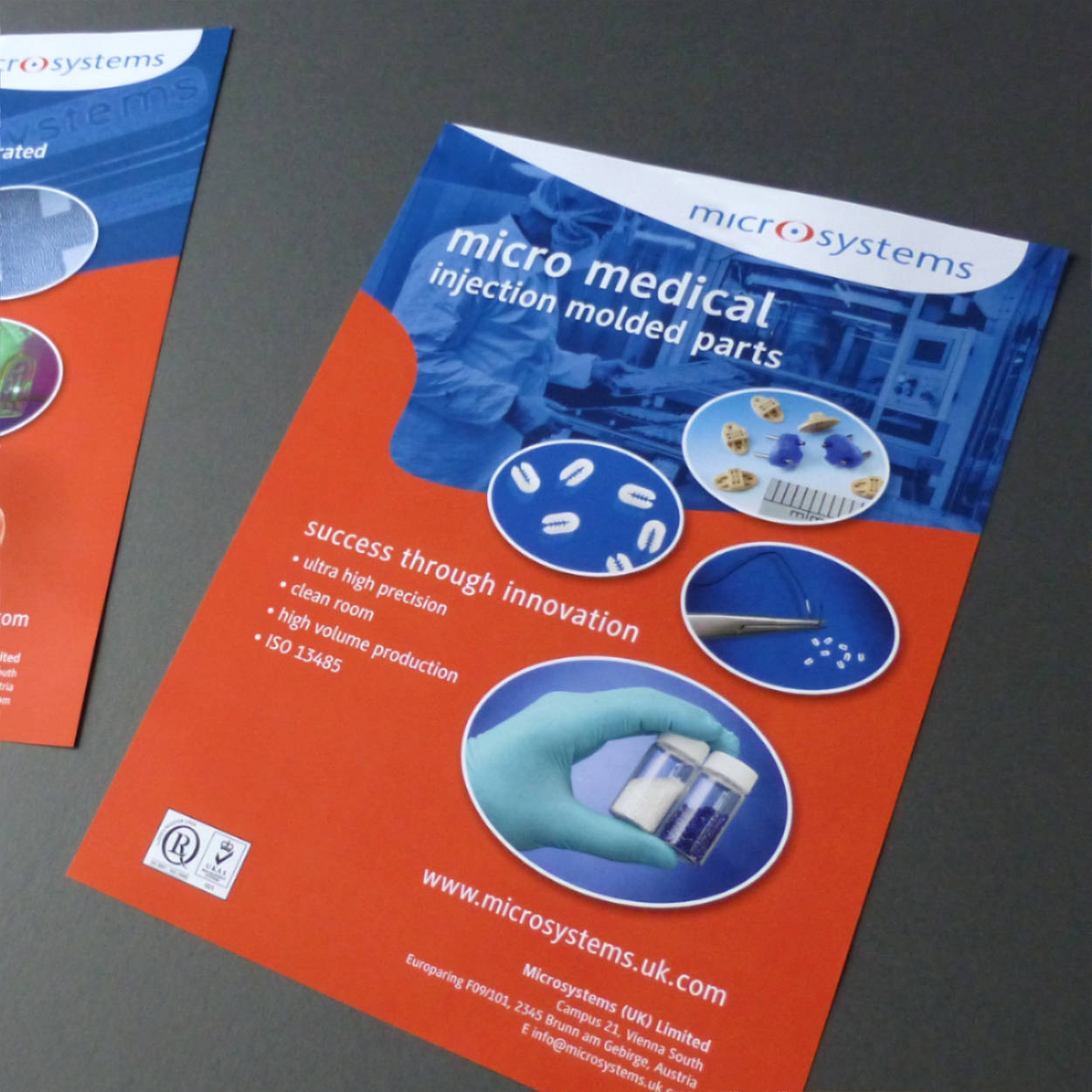 brochure-print-design-microsystems-compamed-orangebox